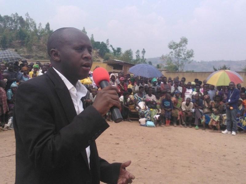 Umunyamabanga nsgingwabikorwa w'umurenge wa Cyabakamyi.
