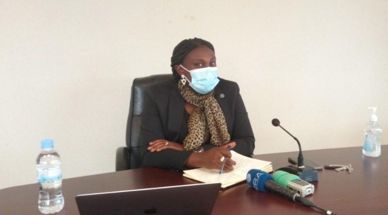 Amajyepfo: Guverineri Kayitesi asanga nta nganda zikwiye kuba ziri mu ngo z'abaturage