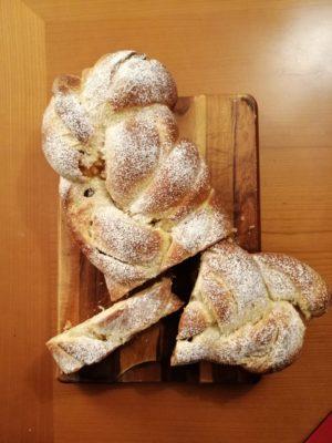 Pan brioches con noci e uvetta