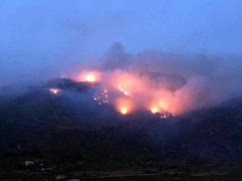 L'incendio di Pantelleria: le responsabilità del sindaco dell'isola e della Regione