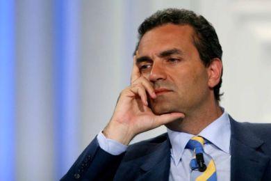 Luigi De Magistris: lui il sindaco lo sa fare, mentre Orlando sa solo tassare nel nome di Renzi!