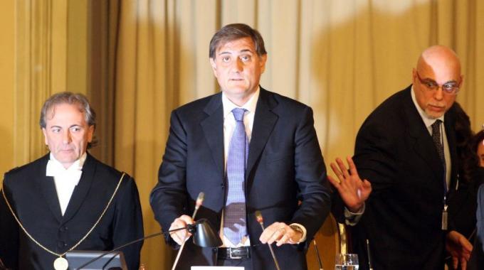 Renzi prova a ridare le poltrone 'metropolitane' a Orlando e Bianco. Mentre Ardizzone dimentica di spiegare…