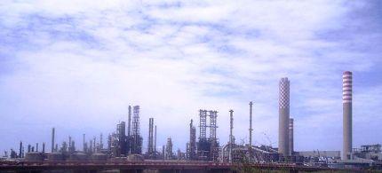 A Gela l'ENI raffinerà il gas dell'offshore Ibleo. E la bonifica che fine farà?