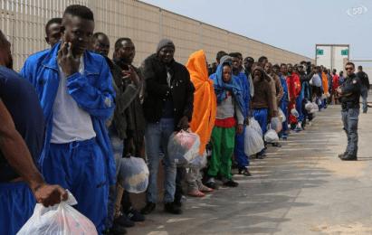 Media europea: 25-26 al giorno per ogni migrante. Italia: 35 euro al giorno per ogni migrante...