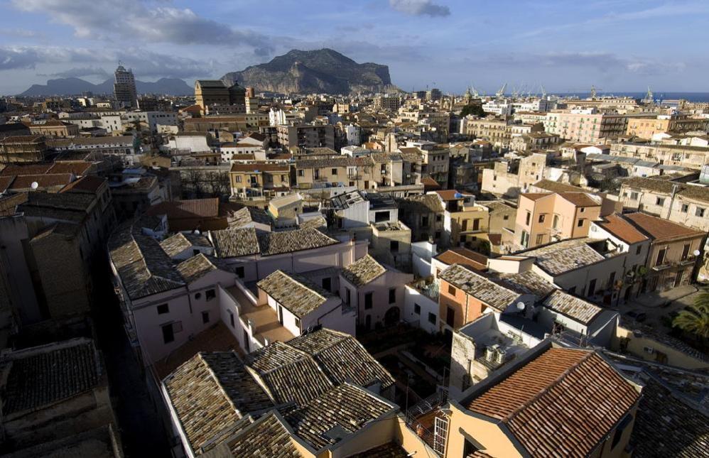"""Fondi per il recupero del Centro storico di Palermo: """"Tra i beneficiari anche consiglieri comunali"""""""