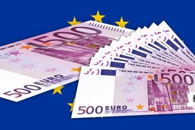 Crollano ponti e strade, ma l'importante è rispettare i 'vincoli' e il 'rigore' dell'Unione Europea dell'euro!