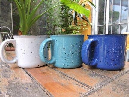 Taza ceramica retro, todos los colores.