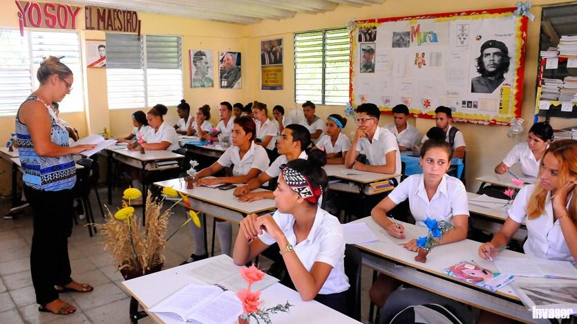 Maestra, alumnos