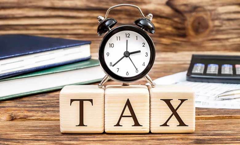 step by step guide to filing income tax returns this year