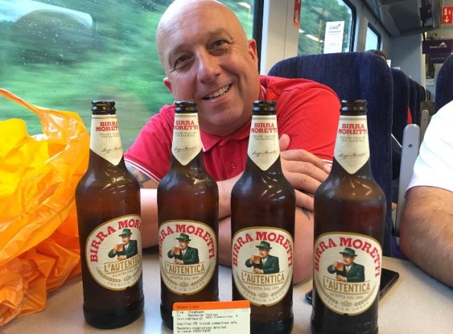 @drinkingDOT - A big smile fae Gary - now on the local rattler over the Pennines with @dykers66. These Aberdeen lads upping the ante 24 hours ahead of KO. Not many kilts or ginger wigs amongst this away support, although dinna rule oot pissed jeans aplenty afore the morn. #DOT #COYR #doric