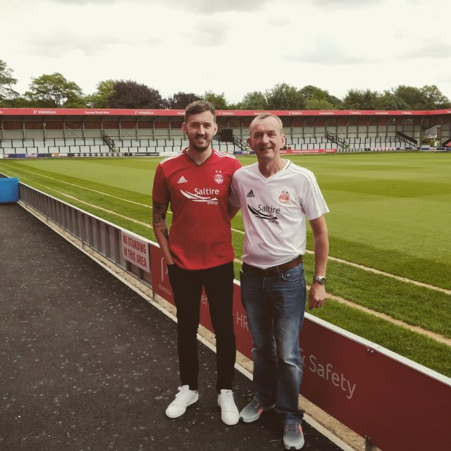 @park_garry - Was just at Salford City looking for a striker!!!!