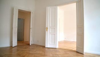 Unfurnished apartment to rent out in Berlin Charlottenburg