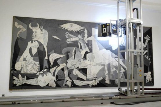 Escaneado del Guernica- Foto del Museo Nacional Centro de Arte Reina Sofia.