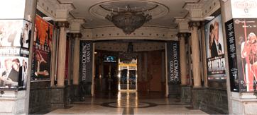 Actual entrada del Teatro Compac Gran Vía