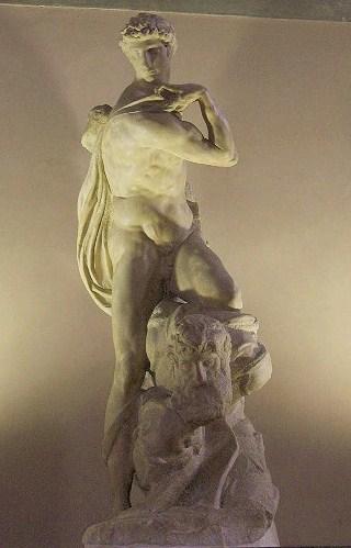 Miguel Anguel: El genio de la Victoria. Salón de los Quinientos. Palazzo Vecchio. Florencia. Foto: Wikipedia.