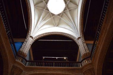 Enrique de Egas. Interior del Hospital de Santa Cruz. Detalle del cruce de las dos crujías y bóveda estrellada. Foto: @cipripedia.