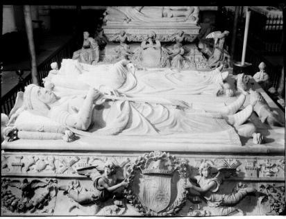 Domenico Fancelli. detalle del sepulcro de los Reyes Católicos. Foto: IPCE. Archivo Moreno.