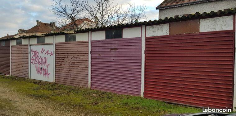 Lot de garages à vendre à Vesoul