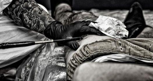 Risultato immagini per lotti ritirati tatuaggi