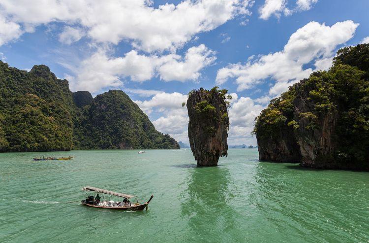 Isla Tapu, Phuket, Tailandia - FATCA