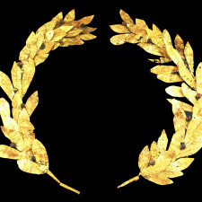 Golden laurel wreath, probably from Cyprus, 4th/3rd century BC; Reiss-Engelhorn-Museen, Mannheim, Germany - Gold