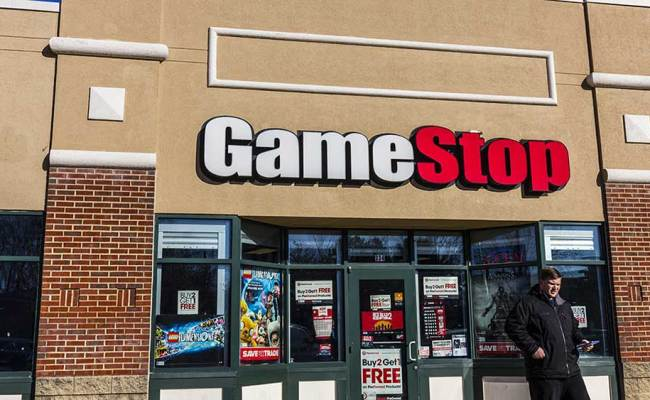 Gamestop Crumbles On Weak 2017 Profit Guidance Stock