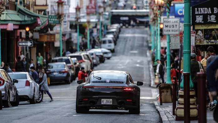 911 test cars on China's roads