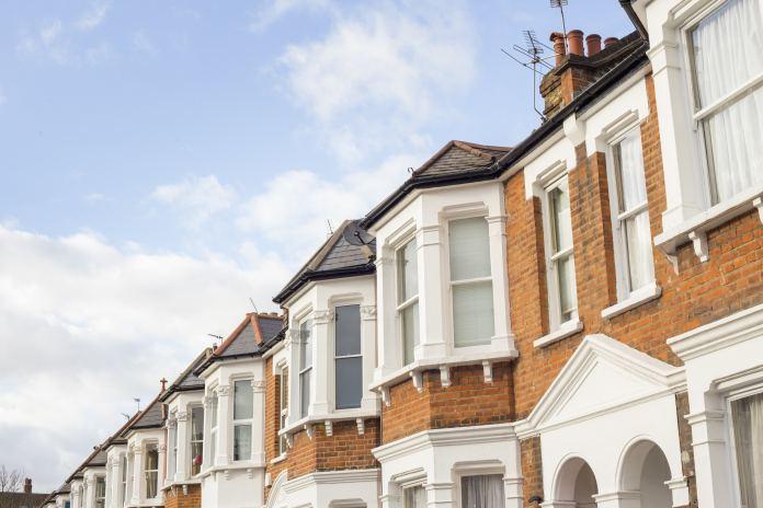 UK home sales remain flat