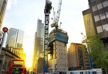 UK construction output weakens