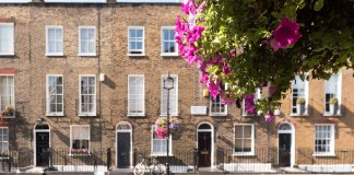 House prices weaken across Southern England
