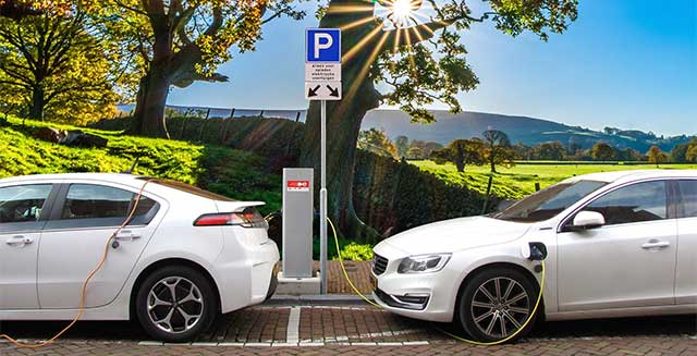 electric car buying guide india