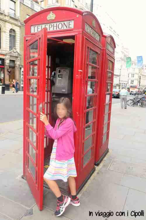 Londra con i bambini cabina telefonica