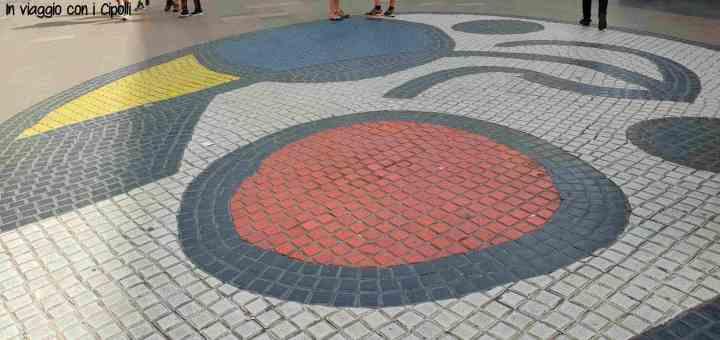 Barcellona con i bambini Mosaico Mirò
