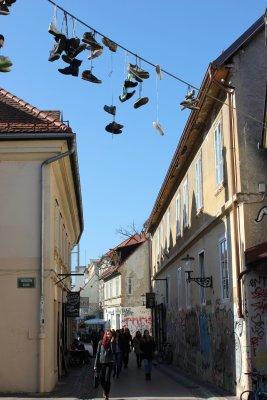 Viaggio a Lubiana, Trubarjeva cesta, una delle vie più caratteristiche della città (Slovenia)