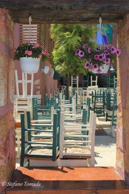 Particolare di un ristorante ancora chiuso a Chania (Creta, Grecia)