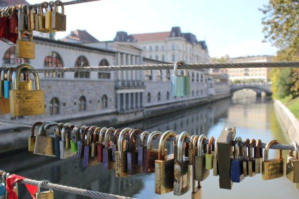 Ponte Macellai lucchetti amore Lubiana