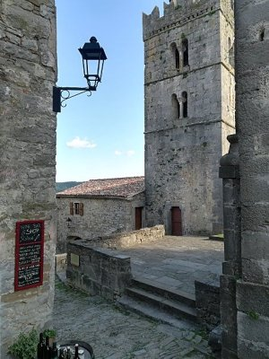 Il campanile di Hum (Colmo) in Istria
