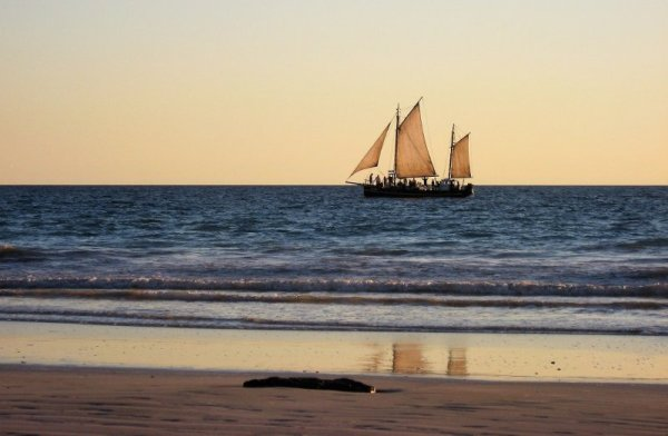 Il tramonto su Cable Beach a Broome in Australia
