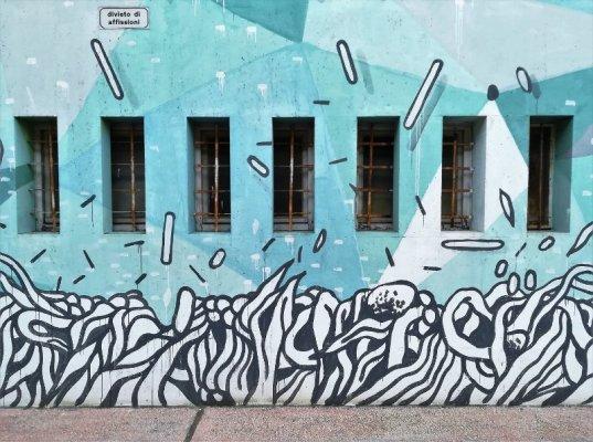 Autostazione di Udine opera di street art