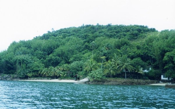 L'isola tropicale di Itacuruçà in Brasile