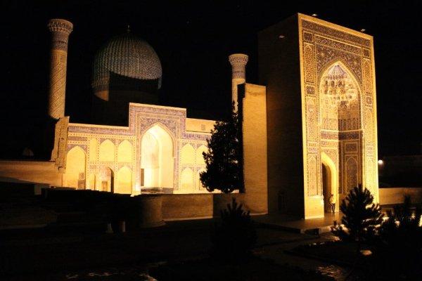 mausoleo Gur-e-Amir Samarcanda