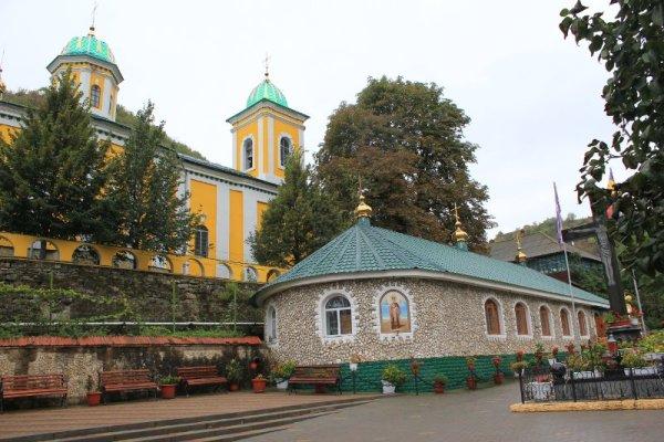 La Basilica estiva Monastero di Saharna Moldova