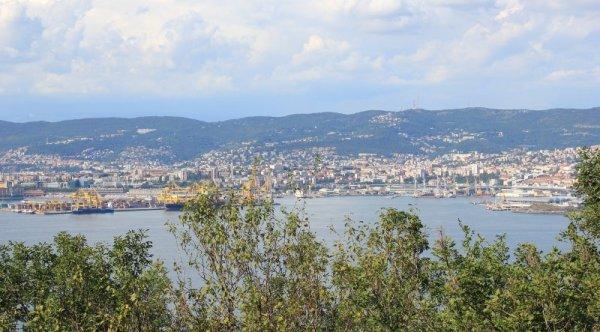Panorama sul Golfo di Trieste da Muggia vecchia