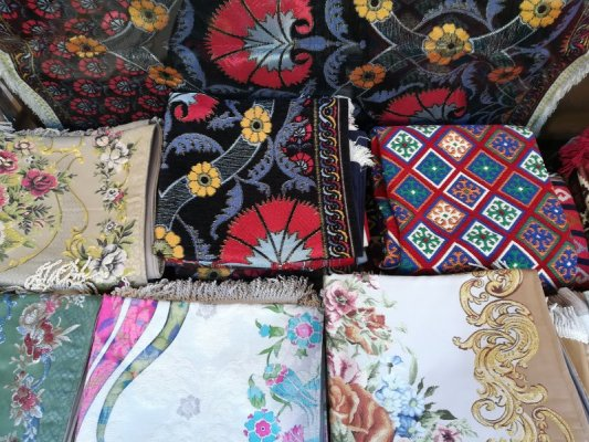 Bazar Arasta Istanbul negozio di tessuti