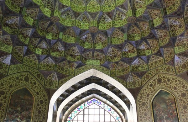 Decorazioni soffitto Museo Pars Shiraz Iran