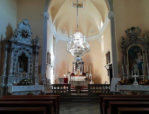 Interno della chiesa parrocchiale di Štanjel Slovenia