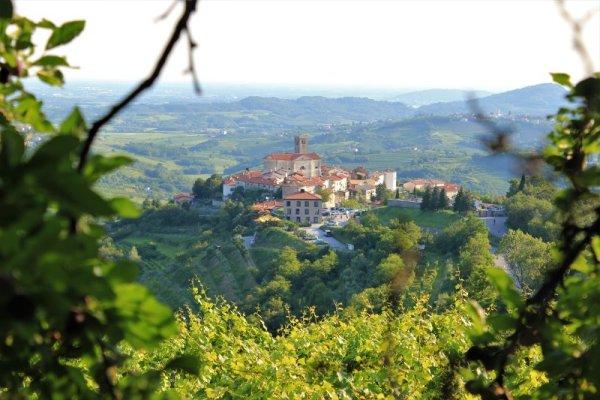 Panorama del villaggio di Šmartno
