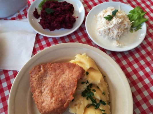 Mangiare bene spendendo poco a Cracovia, pranzo al bar mleczny Flisak