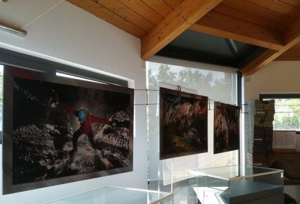 La sala superiore del museo della Grotta Gigante in Friuli Venezia Giulia
