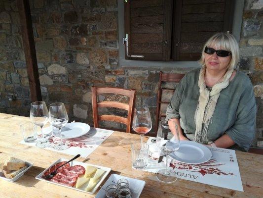 Degustazione di vini e prodotti tipici all'Azienda Altiero nel Chianti